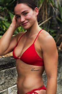 Chelsea Hackett hot
