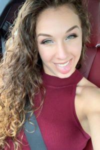 Vanessa Demopoulos hot selfie